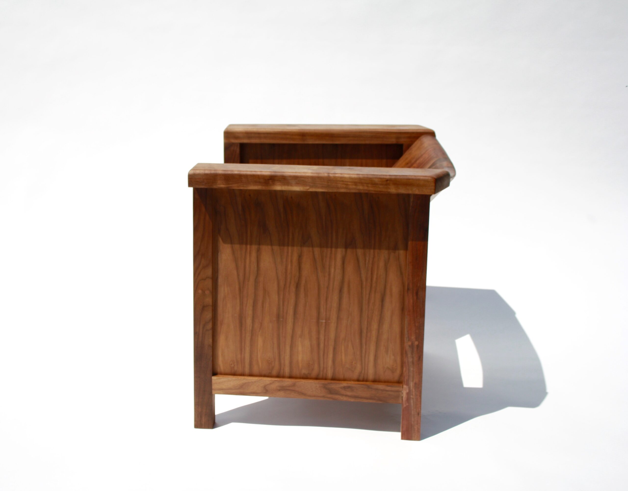 lc2 chair, lecorbusier, lc2, walnut lc2, spugnardi chair